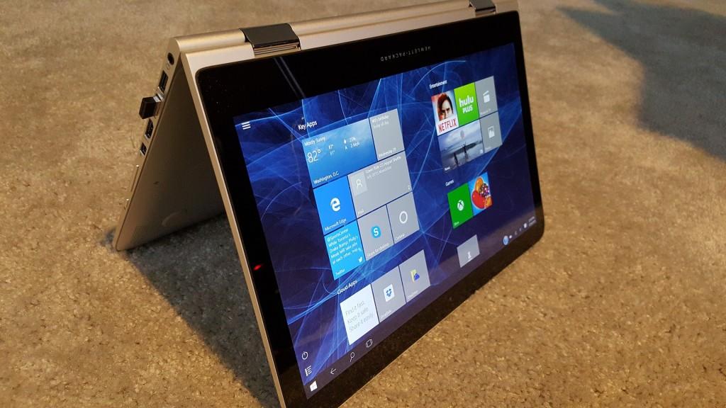 Hybrid laptop with Windows 10